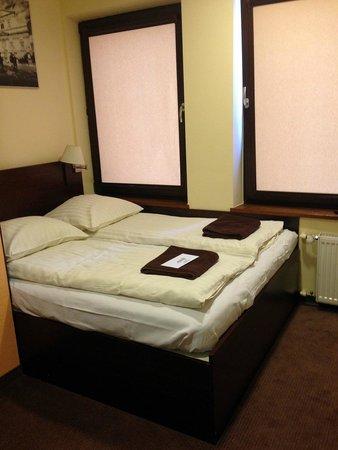 Club-Hotel Atlantic: Кровать в номере