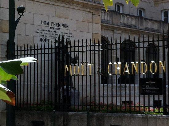 Moet et Chandon Champagne Cellars: moet 1