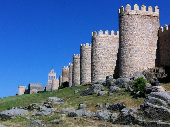 The Walls of Avila : avila