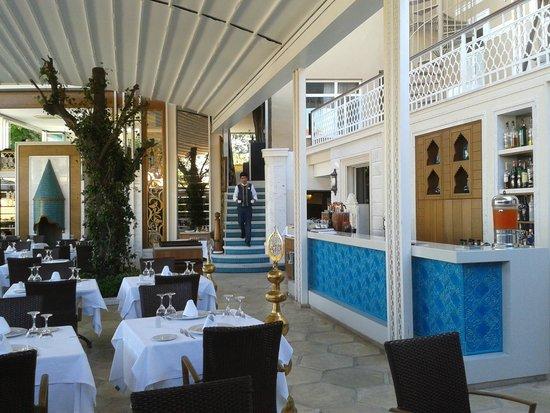 Ottoman Hotel Imperial: restaurant