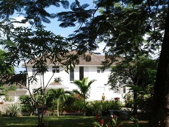Garden House Jamaica: Garden house