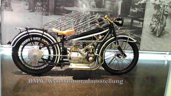 BMW-Museum: Historisches