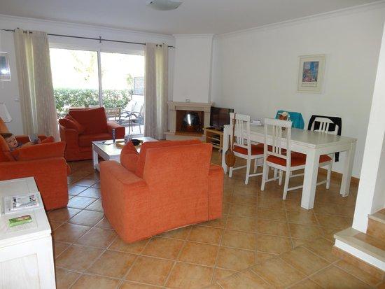 Jardim da Meia Praia: Salon & salle à manger