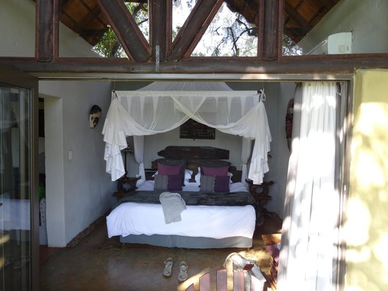 Pondoro Game Lodge: Our Suite