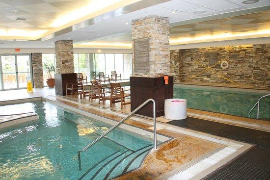 Rimrock Resort Hotel: pool