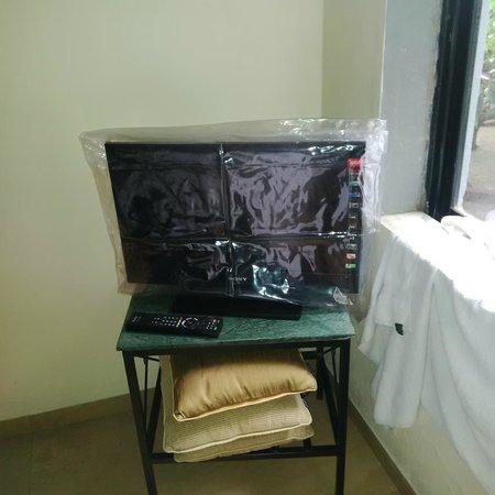 Ramsukh Resorts & Spa: small TV