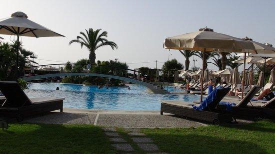 Sheraton Rhodes Resort : Pool