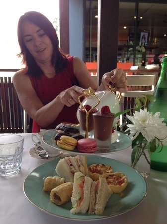 Village Cafe Restaurant & Bar : High Tea best experience when you are made feeling very special and the food is sensational! Tha