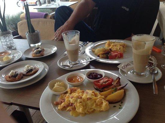 Como restaurant & cocktail bar: Das COMO-Breakfast - exzellent!