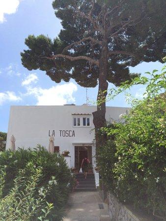 Hotel La Tosca: Entrance into La Tosca
