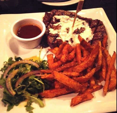NYC Steakhouse & grill: Superb steak!