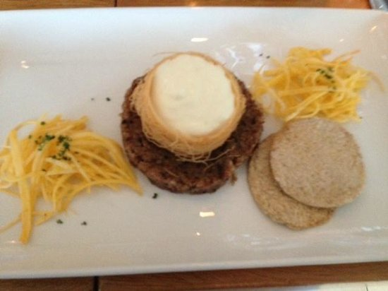 Tower Restaurant : Haggis Starter with pickled turnip and oatcakes