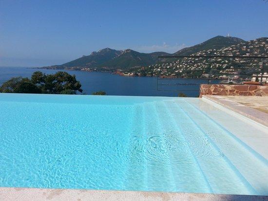 Hôtel Tiara Yaktsa Côte d'Azur : piscina