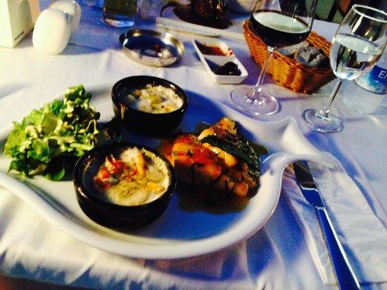 Aphrodite Restaurant: Seabass
