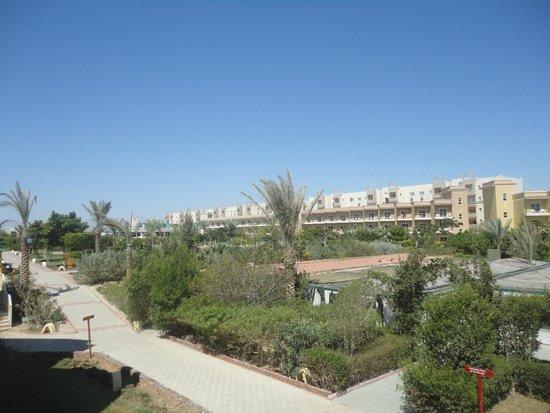 The Three Corners Sunny Beach Resort : ВИД С БАЛКОНА