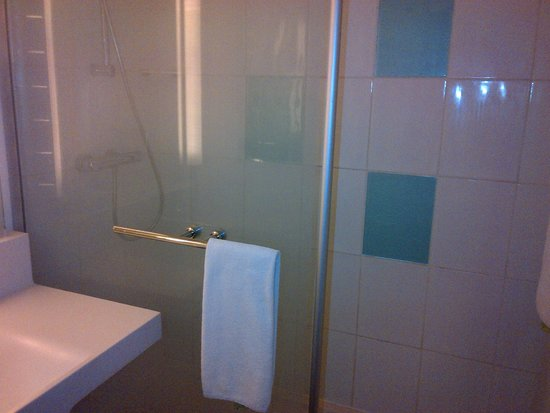 Novotel Dakar: Bathroom