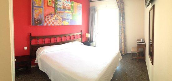 Hotel El Cid: room 321