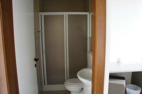 Plus Florence: Bathroom