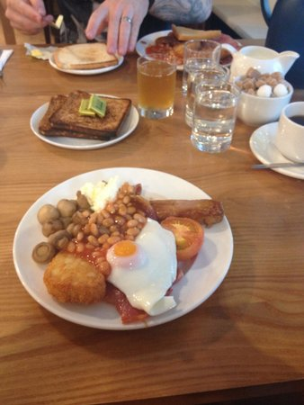 Daresbury Park Hotel: Full English all you can eat breakfast