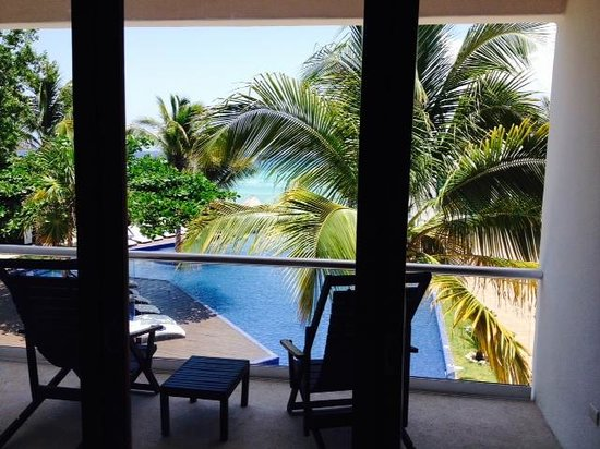 Le Reve Hotel & Spa: View from room 16