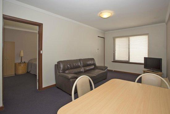 Burswood Lodge Motel Apartments: Standard One Bedroom Apartment