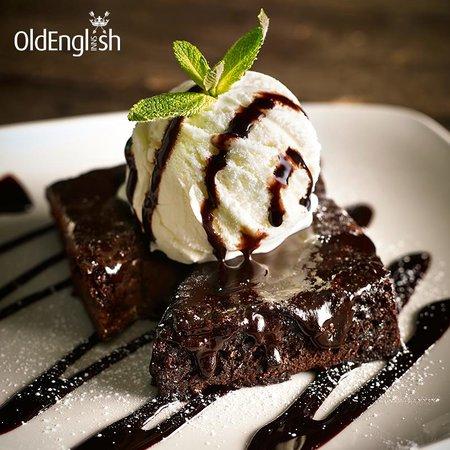 Old Manse Hotel Restaurant: Brownie