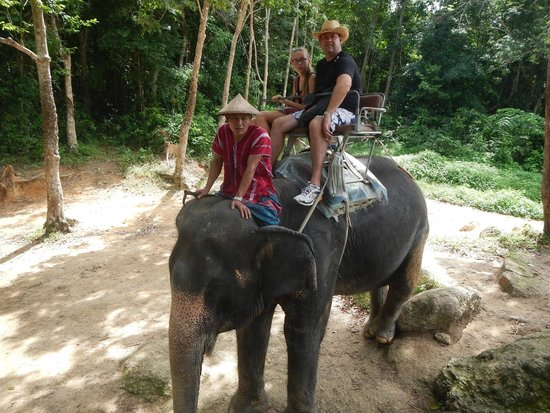 Siam Safari: On the 30 min trek