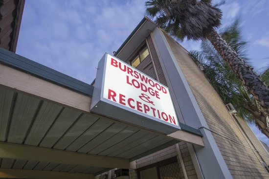 Burswood Lodge Motel Apartments : reception