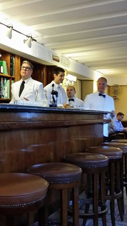 Harry's Bar : The staff