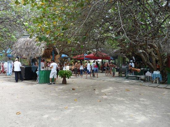 Brisas del Caribe Hotel: Ужин 14 февраля в гриль-баре у пляжа.