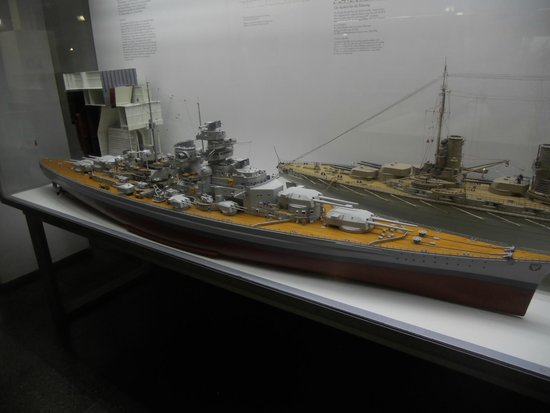 Deutsches Museum Model Of The Battleship Bismarck