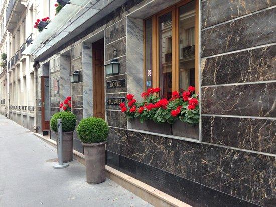 Hotel Muguet: Hotel front