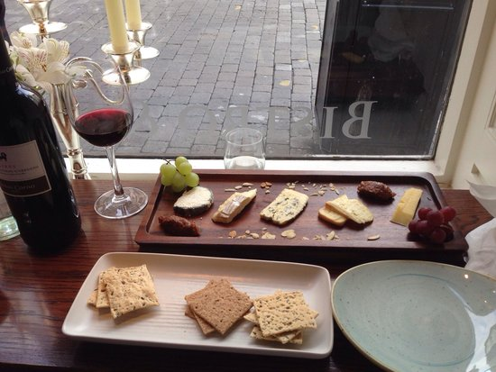 The Latin Quarter Bistro: The tasty cheeseboard