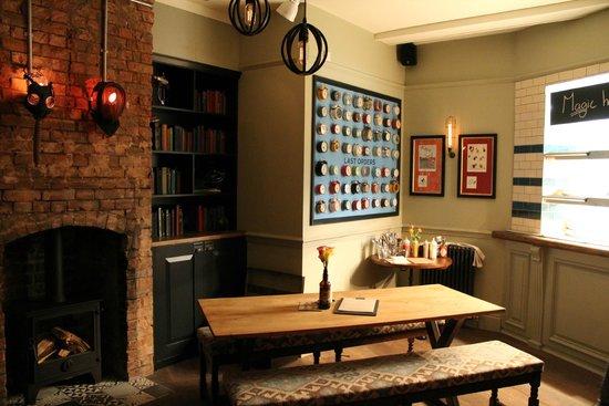 The Distillers - Hammersmith