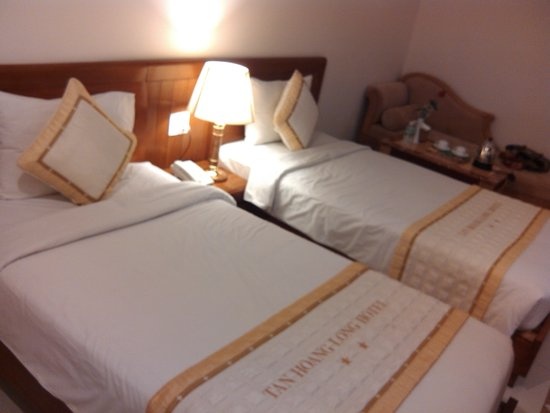 Tan Hoang Long Hotel: bedroom