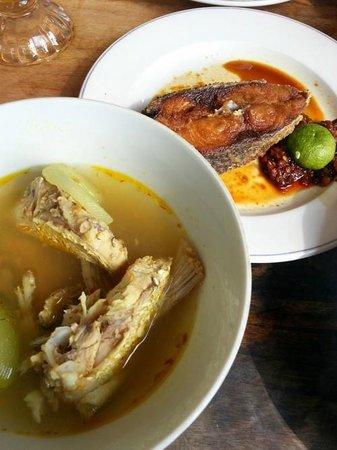 Warung Mak Beng: Sup Makbeng Yang Wajib Dicoba