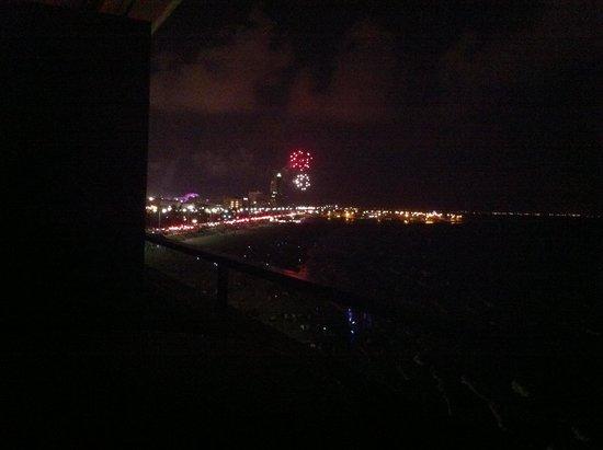 Emerald Beach Hotel: 4th of July fireworks