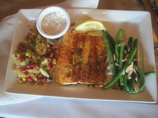 Kruse & Muer Wilshire: Whitefish, Kruse and Muer on Wilshire, Troy, MI, July 2014