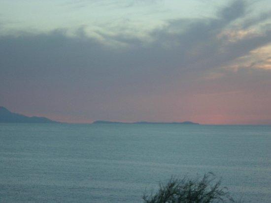 Lo Stuzzichino: sunset