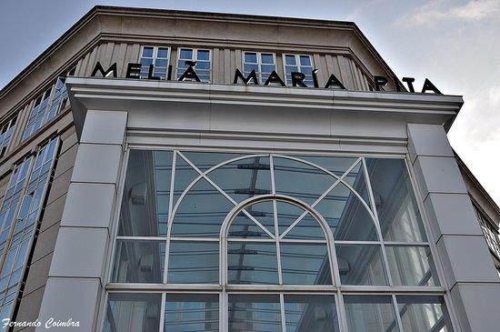 Meliá María Pita: Vista alta de la fachada principal