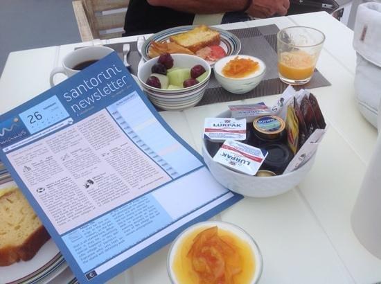Manos Small World: déjeuné terrasse