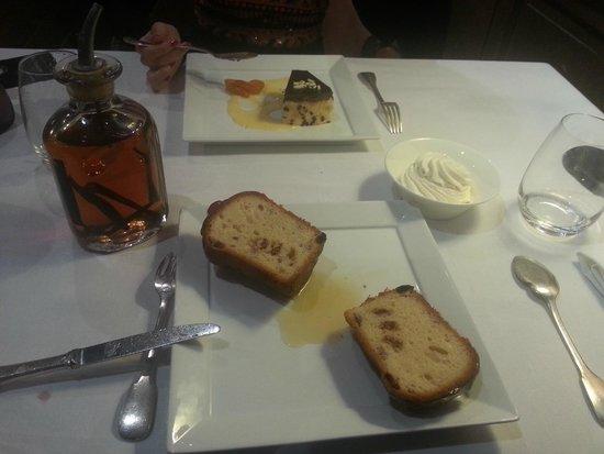 Cazaudehore et La Forestiere: baba au rhum et fondant au chocolat