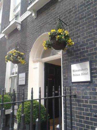 Bloomsbury Palace Hotel : fachada