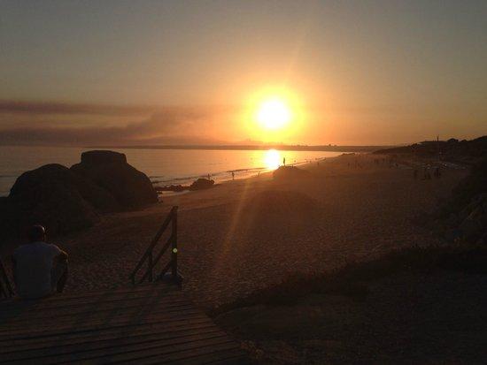 Vila Mimosa: Wandelen bij zonsondergang