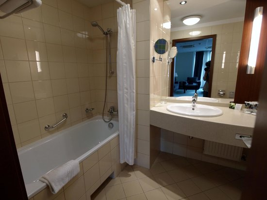 Mercure Wroclaw Centrum: Salle de bains