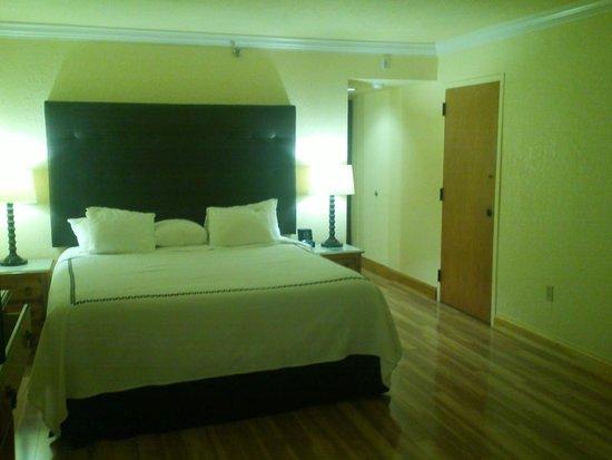 Shula's Hotel & Golf Club: Room