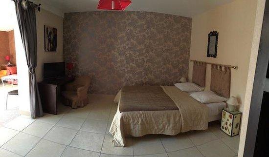 """Le Patio 34: """"Aresquier"""" Cottage"""
