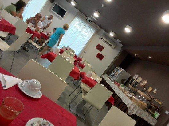 Hotel Raffaello: Sala colazione