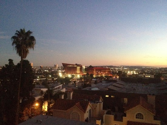 The London West Hollywood : Ausblick on der Zimmer Terrasse