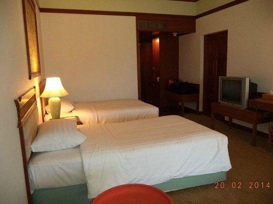 The Imperial Golden Triangle Resort: เตียงนอนสะอาด นุ่มน่านอน